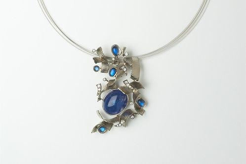 Flutter Pendant Necklace