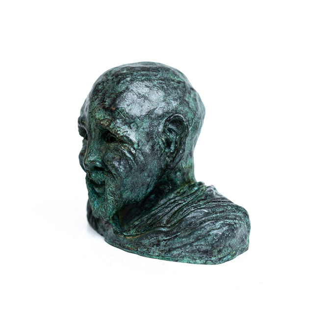 Old Wise Man - Muche sculpture