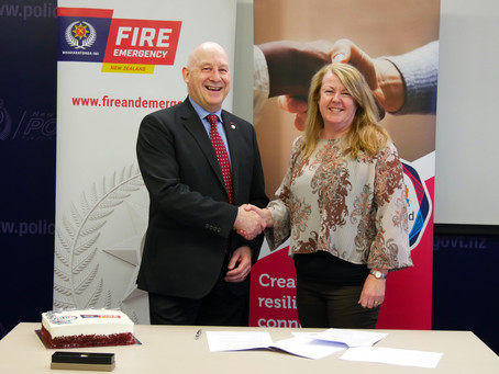 Neighbourhood Support New Zealand Signs Relationship Agreement with Fire and Emergency New Zealand