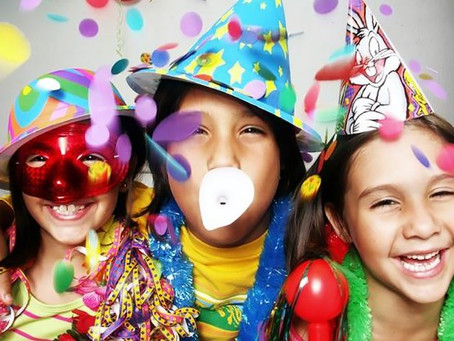 5 cool things to do with your kids on NYE. (Number 5 is our favourite!)