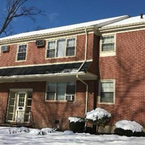 Cronheim Secures 10-Year Loan for Fort Lee Garden Apartments