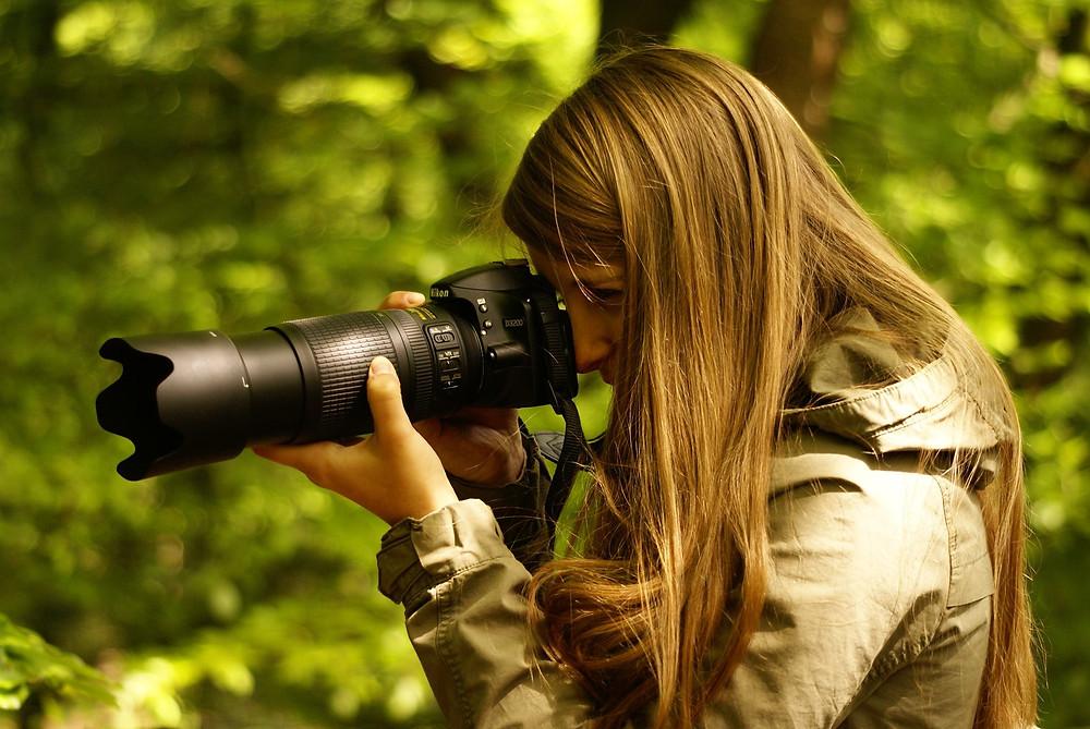 Liselot Lange in the field.