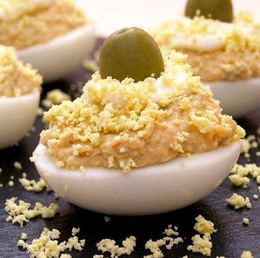 ous farcits amb tonyina