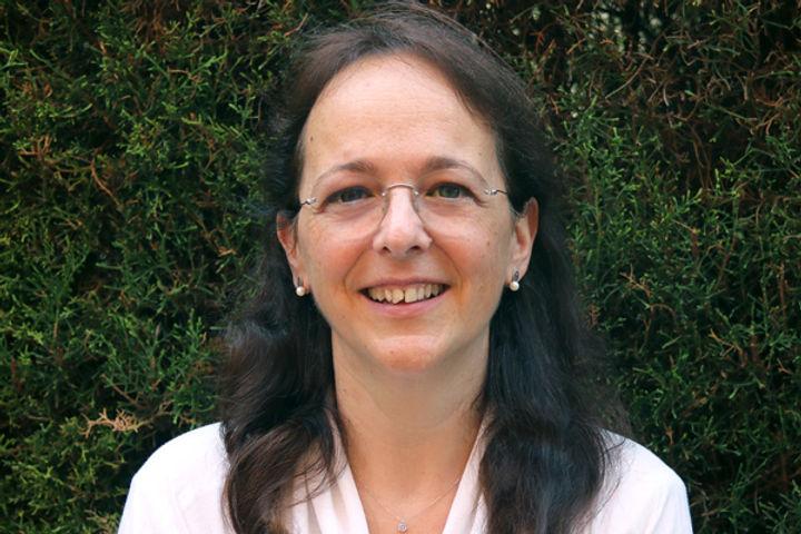 Maria Oliveras > Binomi, centre tecnopedagògic