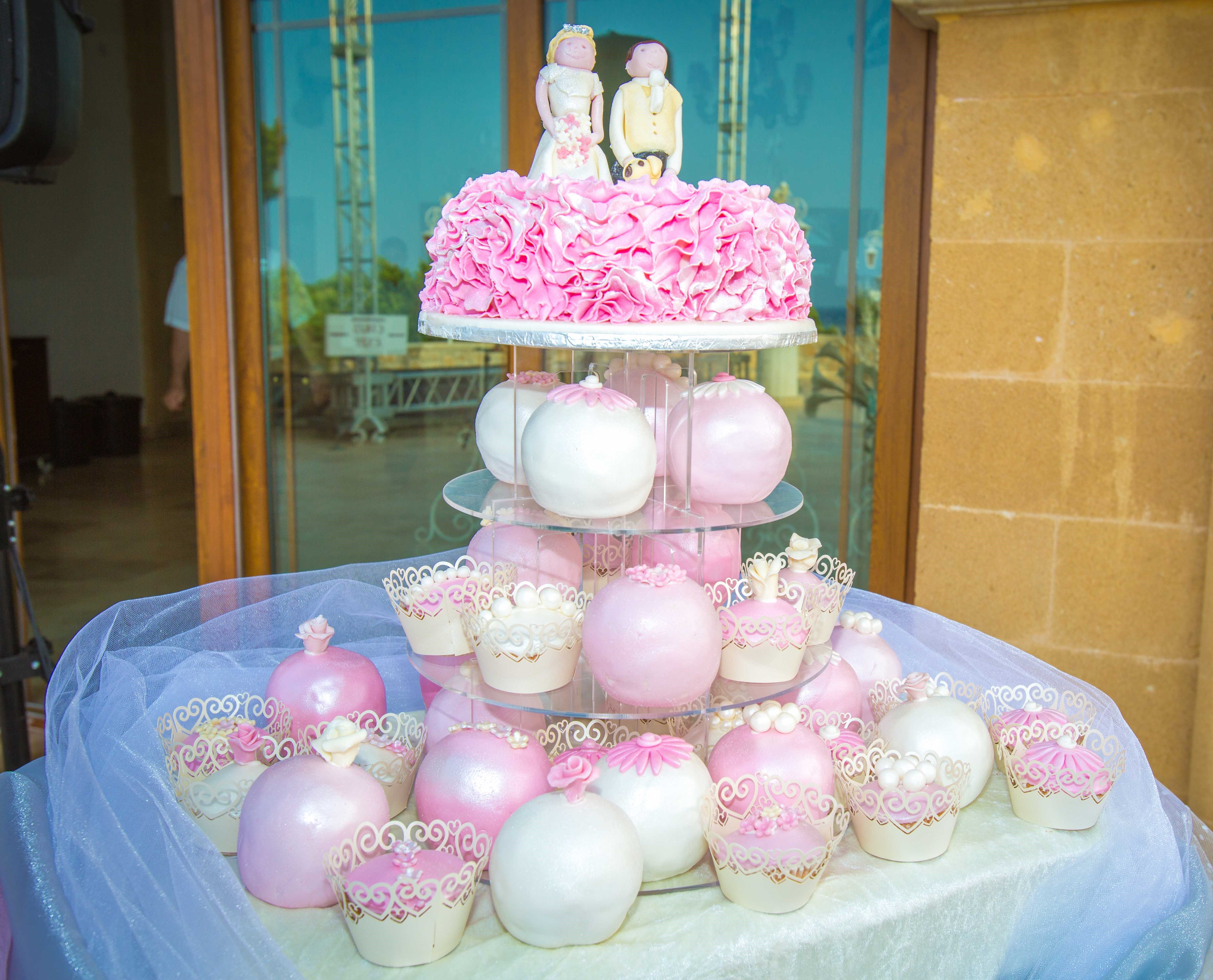 Wedding cakes in Northern Cyprus (21)