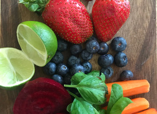 Green juices ~ Rainbow juices ~ Next seven days of recipes.