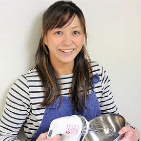 美川 智子