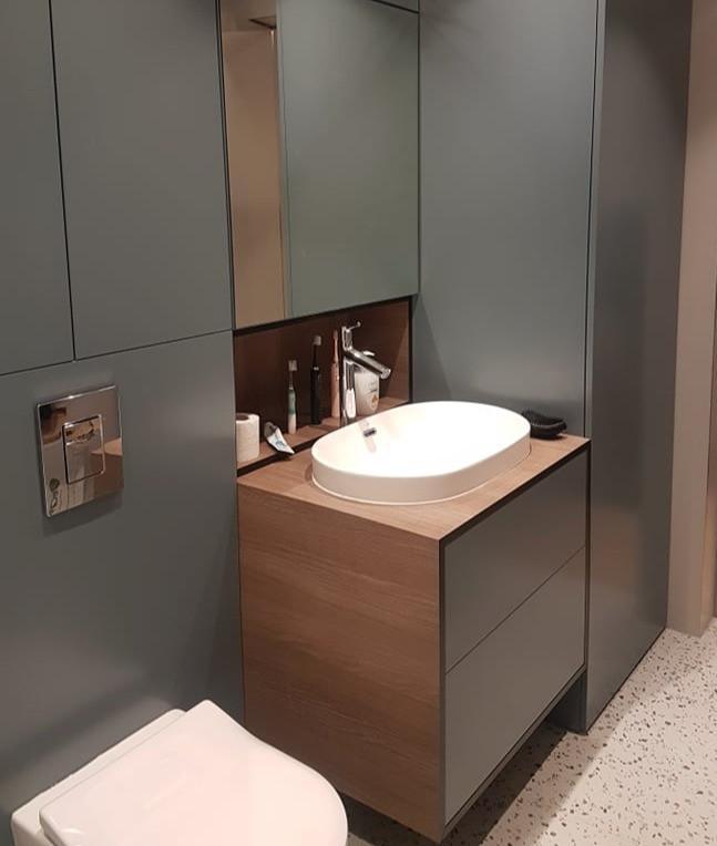 Vonios baldai_Larinta.jpg