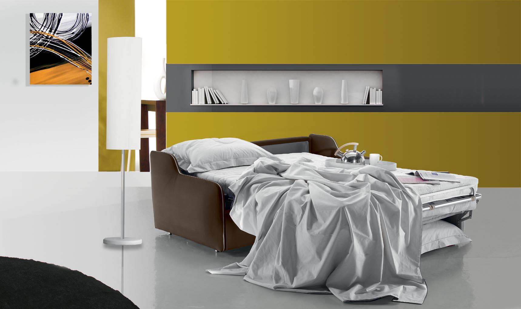 Miro נפתחת /סלון איטלקי עם מיטה