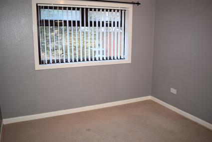 2 Leven - bedroom.jpg