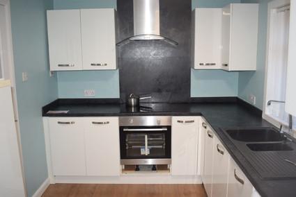 2 Leven - kitchen.jpg