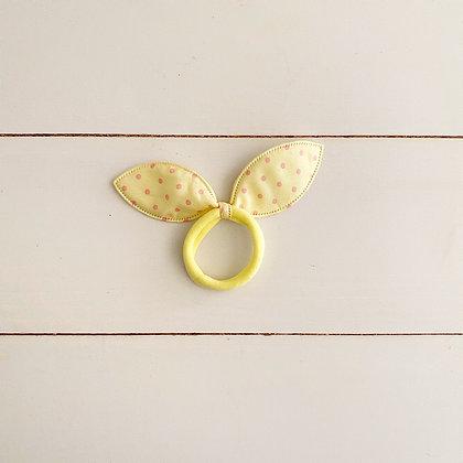 Colet conejo niño amarillo puntos