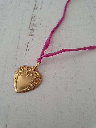 Corazón Seda Fucsia