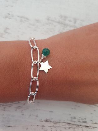 Pulsera eslabon grueso Ónix verde con estrella Baño de plata