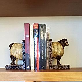 apoyalibros oveja.jpg