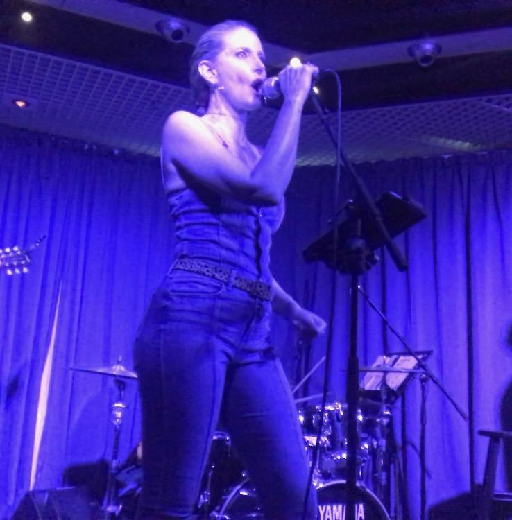 Jeniqua Live 2018