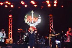 Performing in Pasadena USA Jan 2018