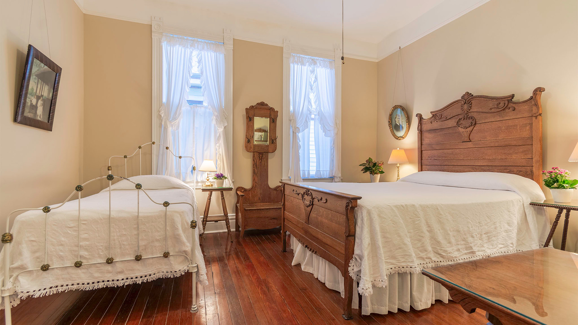 Bedroom2.3.jpg