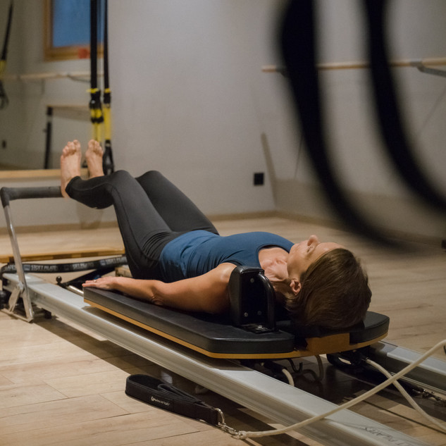 Wholeycow Pilates Reformer