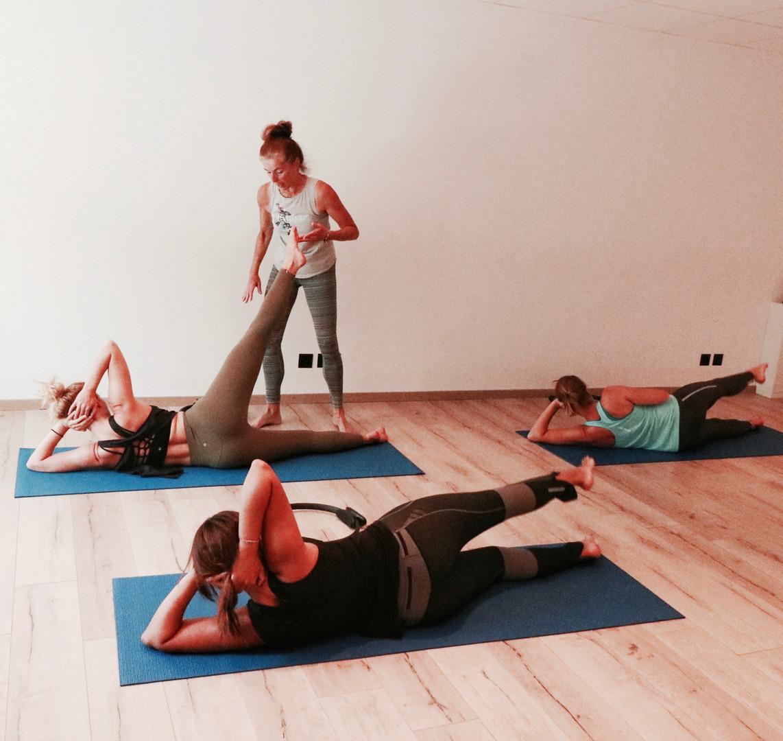 Pilatesgroup.jpg