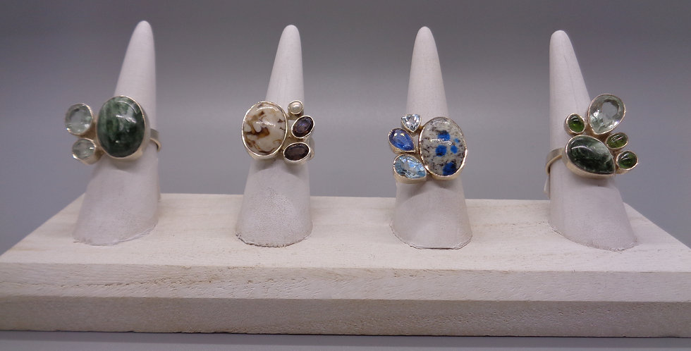 Synergy Adjustable Rings with Multiple Stones
