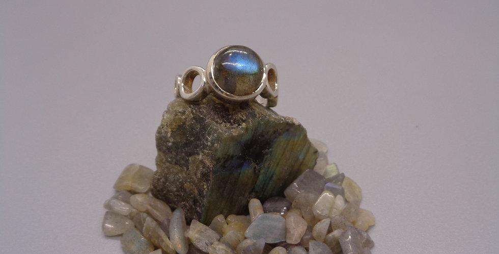 Wow Factor Labradorite Ring
