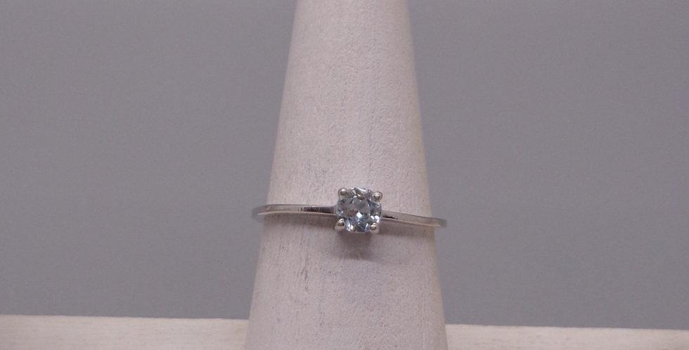 Delicate Aquamarine Ring