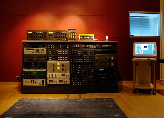 studio1_17.jpg