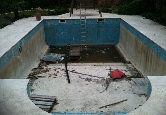 swimmingpoolrefurbishment1.jpg