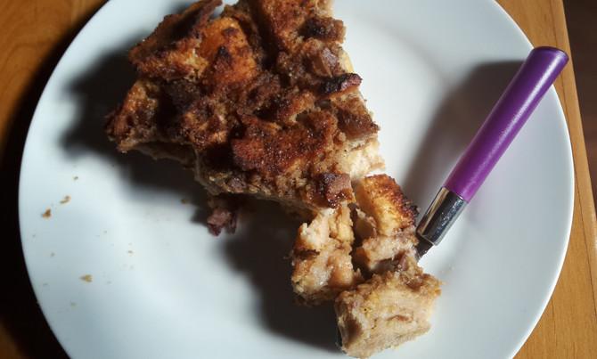 Avec le pudding aux pommes, vive le pain rassi !