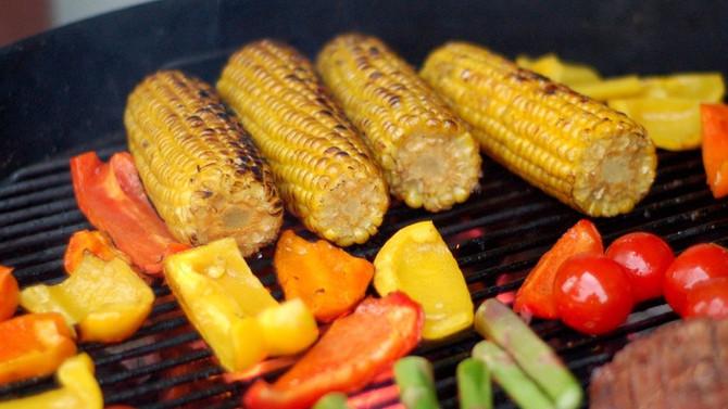 La saison des barbecues est arrivée : les astuces pour garantir une cuisson saine.