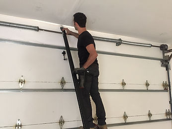 moreno valley garage door company | garage door repair moreno valley | garage door broken torsion spring replacement | moreno valley garage door technicians | garage door service moreno valley | garage door installation | roll up garage door repair & installation