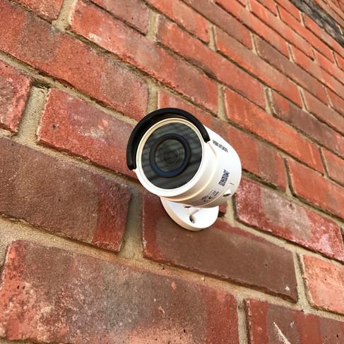 Outdoor camera.jpg