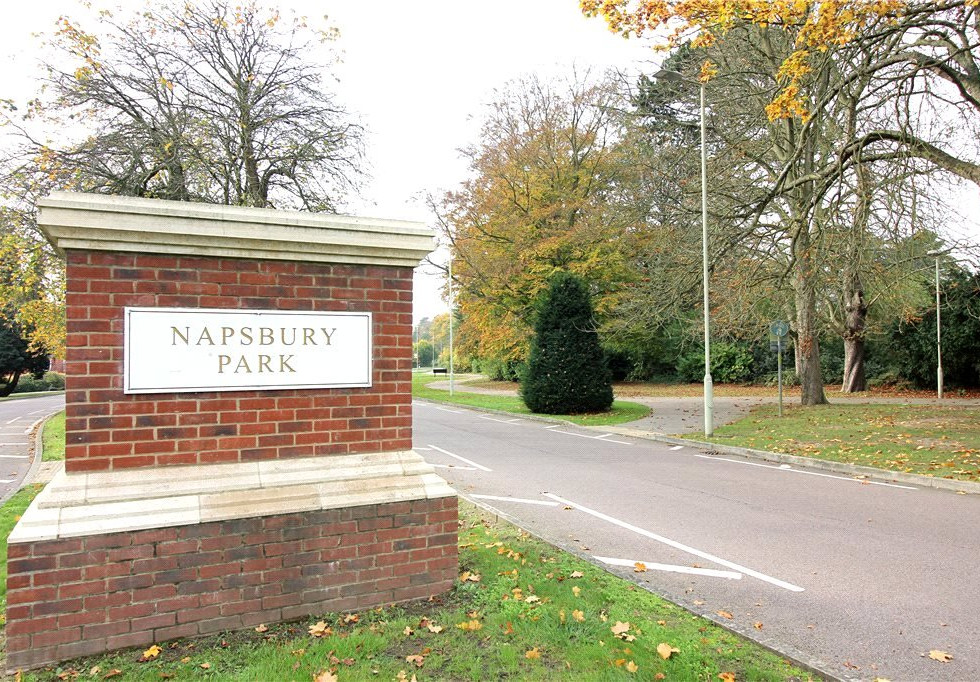 Napsbury Park St Albans.jpg