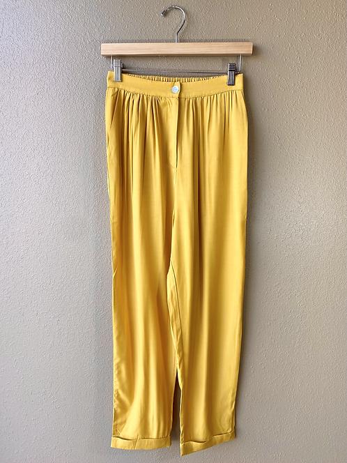 Silky Pants in Illuminating