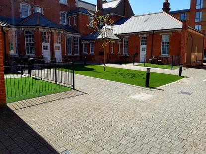 courtyard articial grass