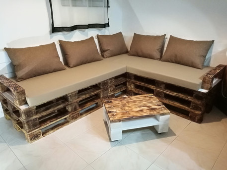 Custom Pallet Sofa