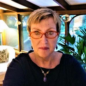 Susan Furey headshot.jpg