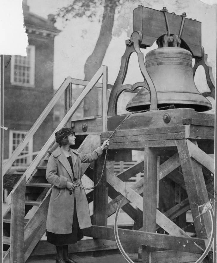_ringing_ the bell (1).jpg