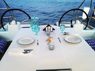 Addio al nubilato o celibato? Proposta di Matrimonio? La tua cena romantica in barca a vela?