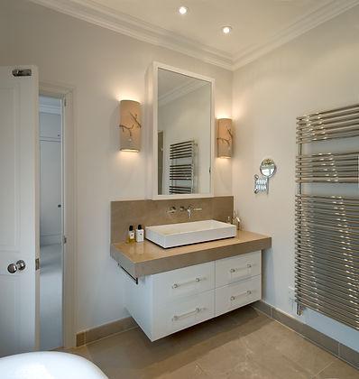 SR Bathroom 2.jpg