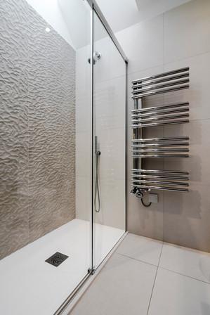 Walk-in shower, Surbiton