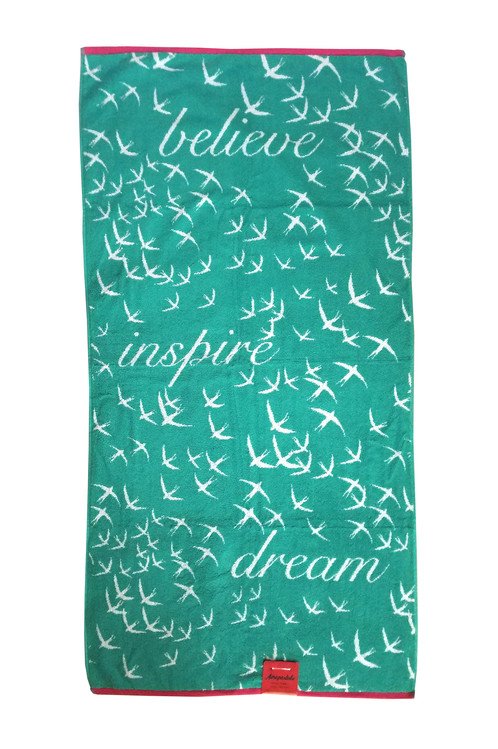 Aeropostale Believe Bath Towel Set
