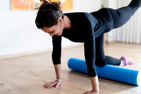 שיעורי פילאטיס פרטיים, פילאטיס ביוטיוב, טיפול בכאבי גב, טיפול בכאבי בירכיים, שיעורי ספורט לנשים בזום, שיעורי ספורט לגברים בזום, שיעורי ספורט לנשים בהריון
