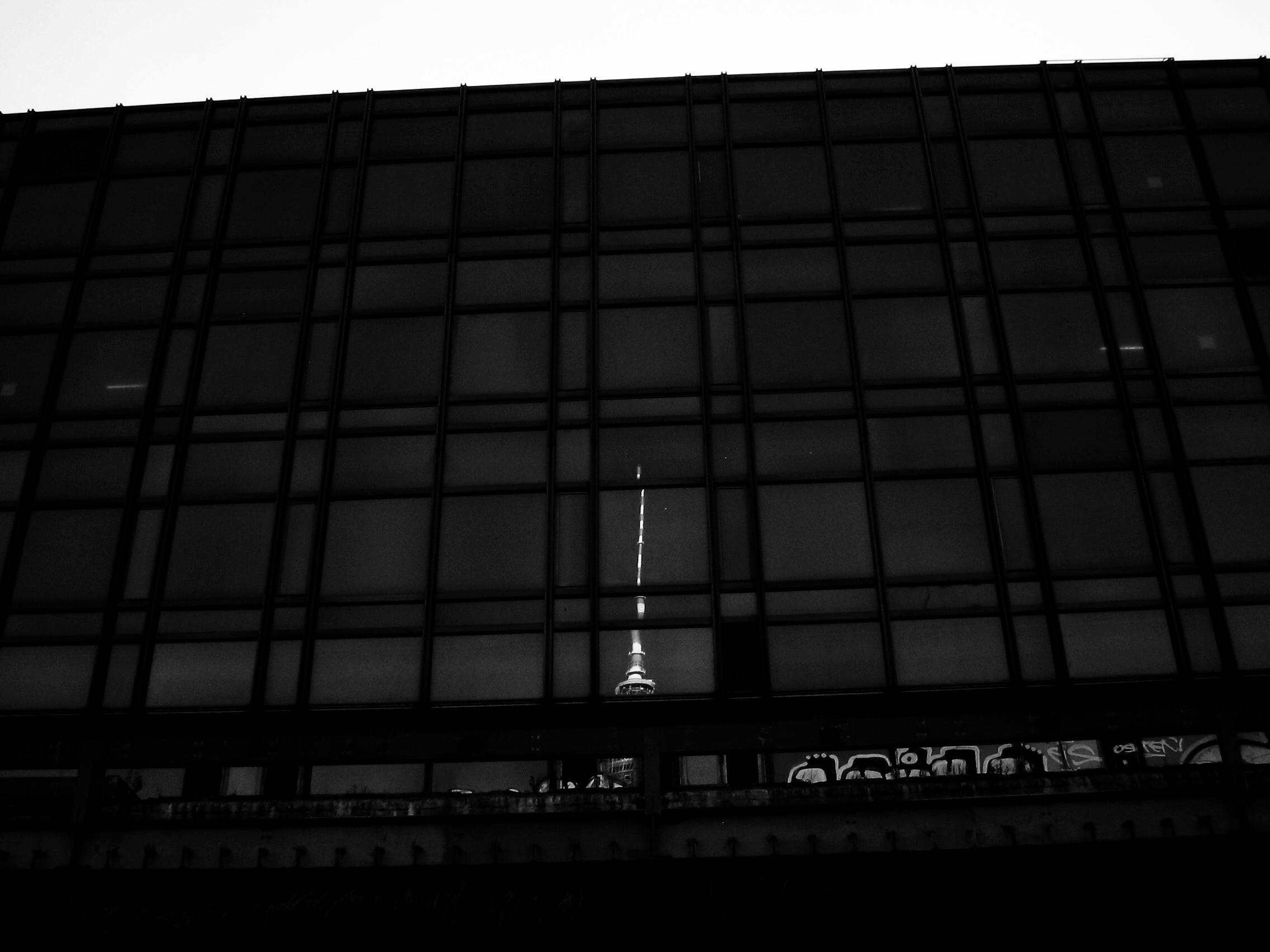 BERLIN 08:05