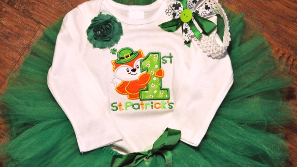 Baby girl 1st St. Patrick's Day green tutu outfit