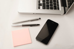 iPhone MacBook notes