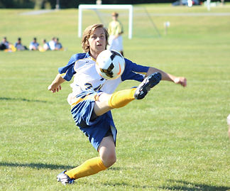 soccer-1032620_1920_edited.jpg