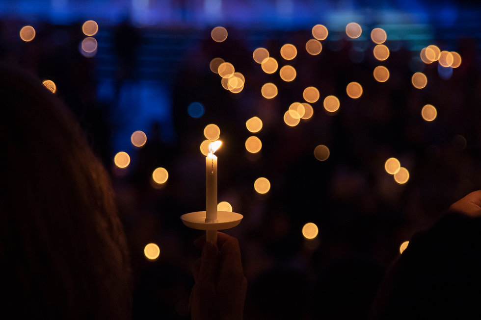 6856 candlelight service (1).jpg
