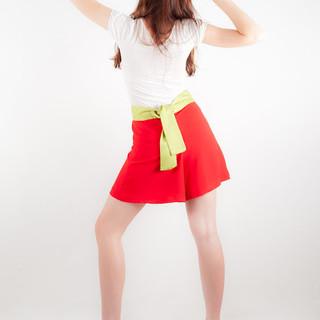 Falda roja espalda.jpg
